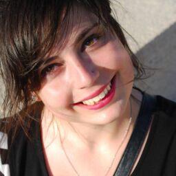 Laura Bonnieu, la Social Unicorn & Wordsmith (France – Canada)