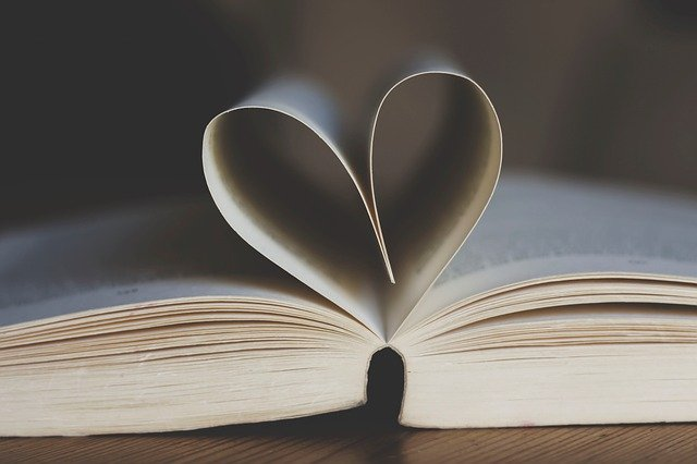 book-3998252_640